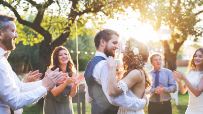 June Wedding? How to Budget for Your Wedding Stress-Free