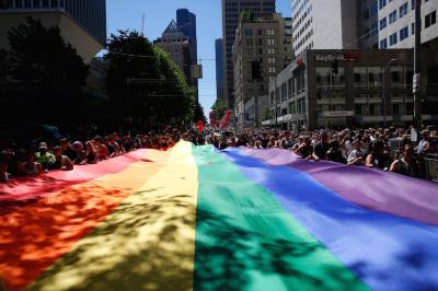 Rainbow flags, images of shooting victims at pride parades + MORE Jun 27th